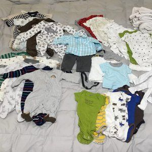 newborn clothes/accessories LOT